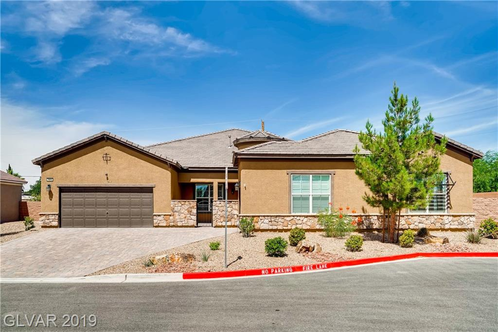 *HIGHLY UPGRDED 2 STRY HOME ON LRG LOT*GTD COURTYRD*OPN FLR PLAN W/ TILE FLRS, SUNBRST SHTRS & CLNG FNS*SURROUND SOUND*BRIGHT & AIRY W/ SKYLIGHTS*GOURMET STYLE KTCHN W/ OVERSIZED ISLAND, BRKFST BAR, DBL OVENS, SS APPLIANCES, WLK-IN PNTRY & GRANITE CNTRS*SPACIOUS ROOMS*TRAY CLNG IN MSTR SUITE W/ GRANITE ISLAND IN WALK-IN CLOSET, DBL VANITIES & SHWR W/ DUAL SHWR HEAD SYSTM IN BTHRM*LOFT*HUGE BACKYRD*FNSHD 2 CR GRG & SNGL CR GRG W/ PVRS ON DRIVEWAY*