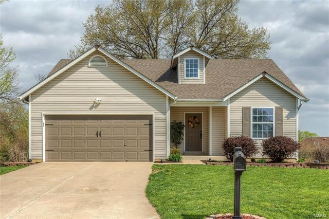 Welcome to 523 Northview Park! This charming and move-in ready home sits in a fantastic part of Wentzville, close to shops, restaurants and coffee houses. Being near the major roads and highways makes it easy to get to work and school, yet enjoy the simple and quiet lifestyle of this cul-de-sac. The home features an eat-in spacious kitchen with custom cabinets, with adjacent main level laundry room. Vaulted ceilings and open floor plan makes for easy entertaining or just easy living. From the dining area, exit to a deck and beautiful back yard, perfect for play and gardening. Master bedroom suite with large bathroom and walk-in closet; additional bedroom and full bath on main level. Downstairs find a full unfinished basement, with plenty of room for storage and ready for eventual finish. Visit 523 Northview Park to see its fresh interior and great location today.