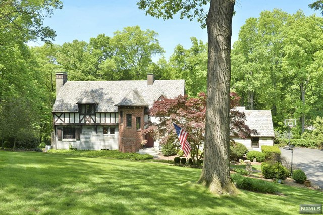 Old World Charm, Mahwah, NJ 07430