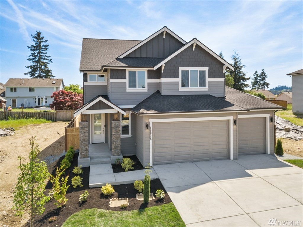 **$4K Buyer Bonus w/ pref. lender**Welcome home to Mt. Stewart by JK Monarch. Offering nearly 2,900 sq. ft. of functional living & 3-Car Garage!! Boasting 2-story entry, den & 1/2 bath that leads into a true great rm w/ spacious kitch. & nook. Quartz cntrs, ext. hw floors, lg. prep island, full tile b/s. 2nd flr offers 3 lg. bds + Master retreat w/ spa like ba~tile flr, full tile shower walls & tub, quartz ctrs. 3rd flr-HUGE bonus rm w/ a private 3/4 bath. Move In Ready! Photos of actual home!