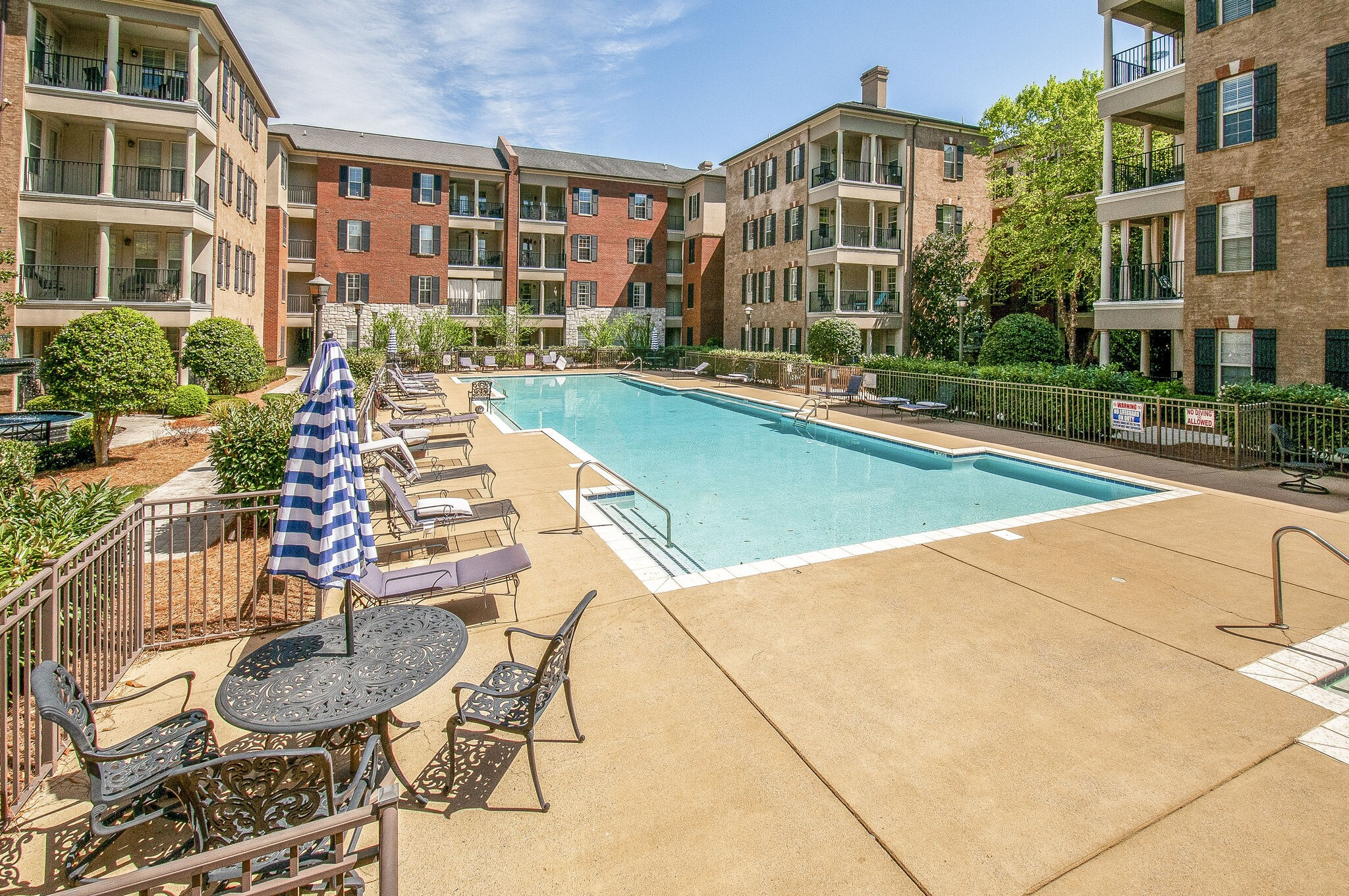 Gorgeous move-in ready condo with pool and hot tub.  Gated community minutes to Maryland Farms and walking distance to shopping and restaurants.  Easy access to I-65. High-end finishes throughout and freshly painted.