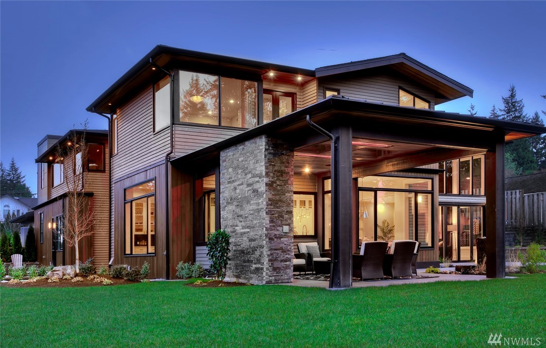 Lochwood-Lozier has created another icon where form & function meet today's lifestyles. A NW fusion of wood, natural light & visionary design...thoughtfully positioned on a sun-kissed shy half acre in the heart of Clyde Hill. Inside you'll discover adaptable spaces in gracious proportions, art walls, an open floor plan & even an elevator. Outside you'll love the verdant level landscapes, gather in the heated all-seasons living room & dining alfresco -this is a home that will feed your soul.