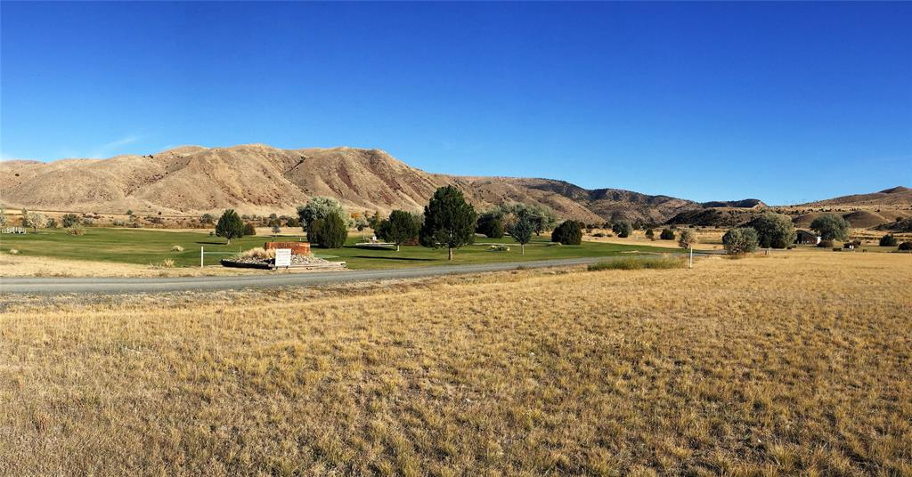 Fish on the Missouri. golf on the community private course when you purchase this 1.36 are lot in Missouri River Rendezvous. Located near the Toston Dam and just 20 minutes to Three Forks Mt., this lot in a one of a kind  subdivision is a must see.