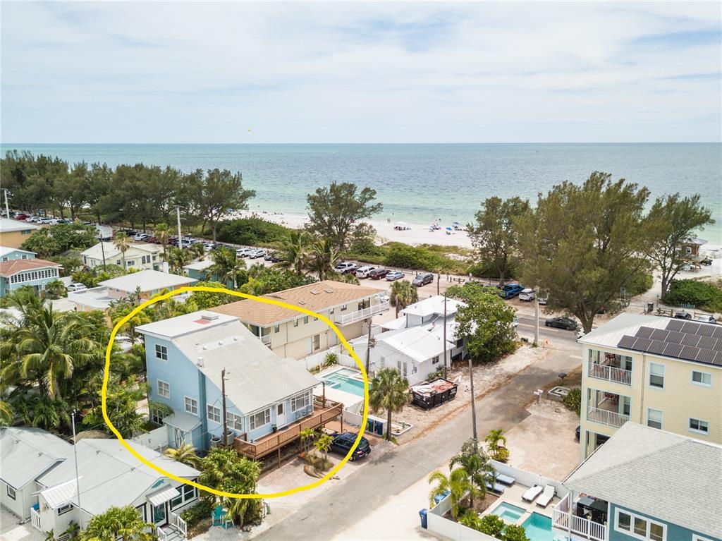 105 6Th Street S, Bradenton Beach, FL 34217