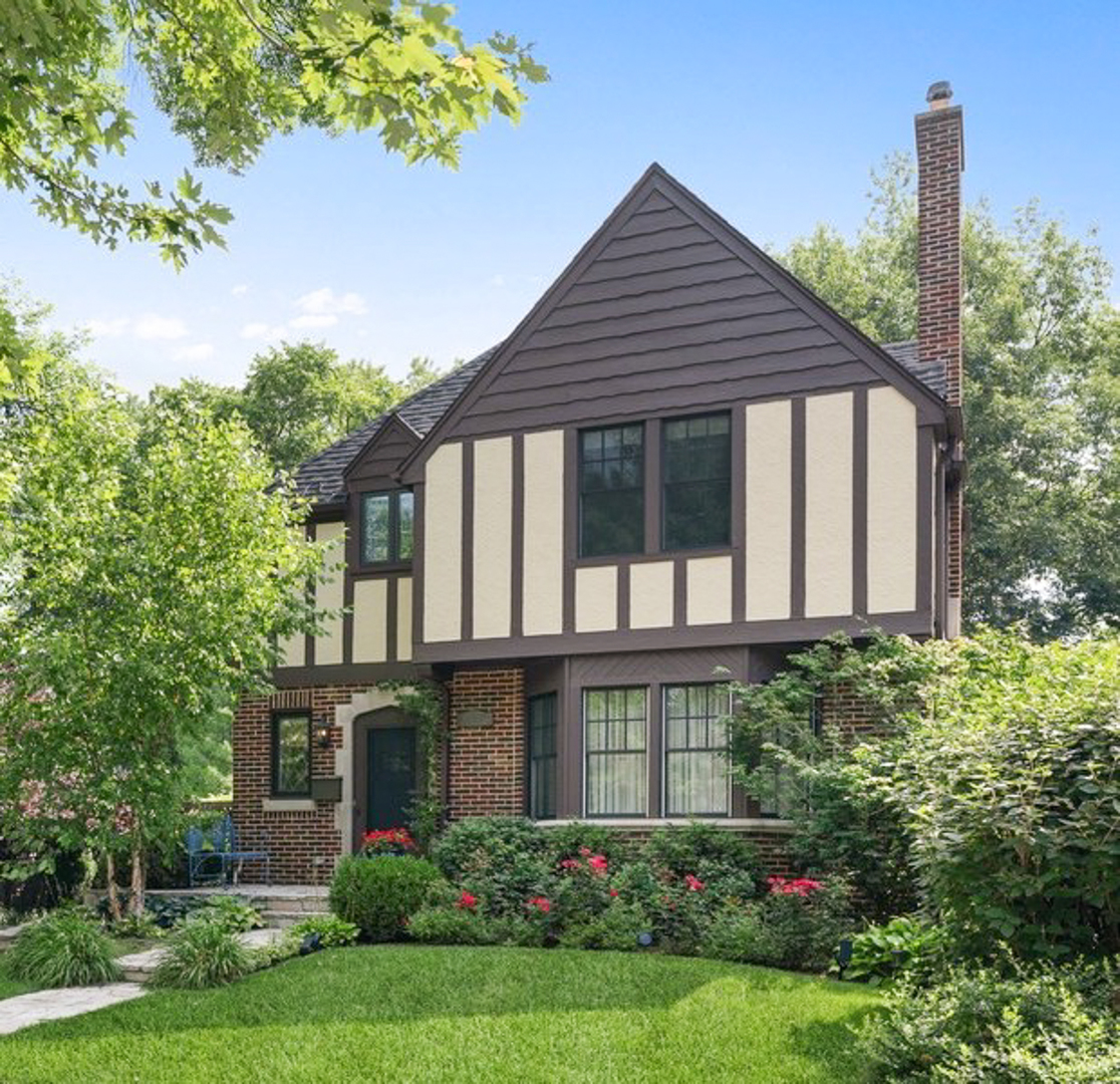 727 Indian Road, Glenview, IL 60025