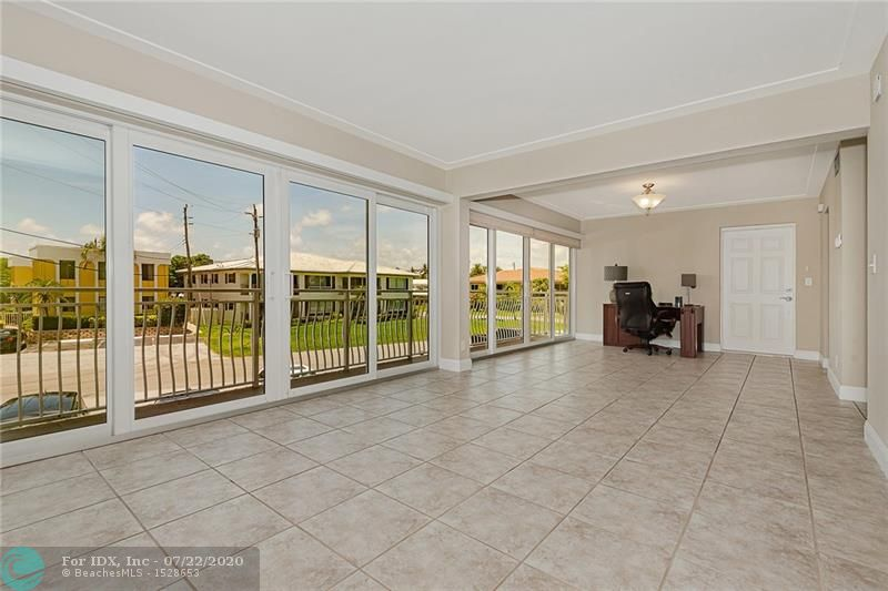 Spacious one bedroom one bath condo located in the desirable marina area. Corner unit that's light and bright. Stainless steel appliances, with washer & dryer in unit. Large 27 ft balcony, with double high-impact sliding doors. Walk next door to the Nauti Dawg for a quick bite and enjoy the live music on the weekends! Boat docks available on waiting list.