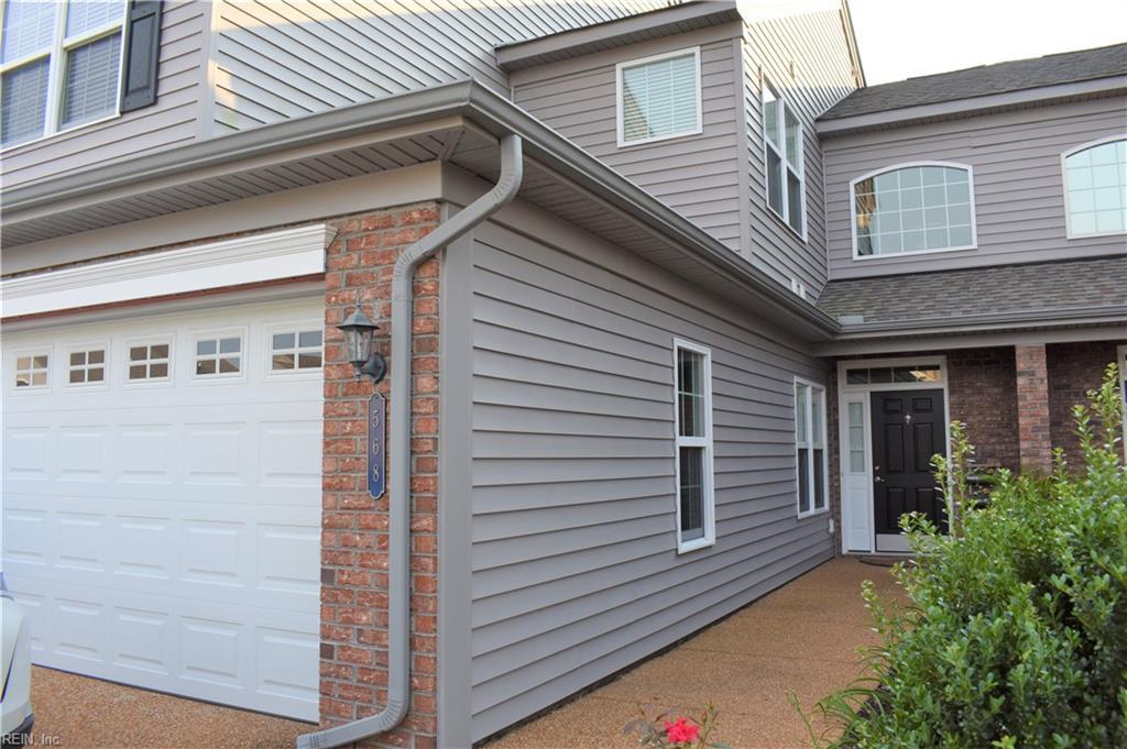568 Dunning Lane, Chesapeake, VA 23322