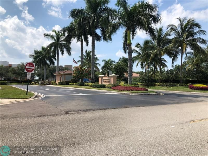 WOW RARE FIRST FLOOR CONDO IN YARDLEY WITH HURRICANE WINDOWS THROUGHOUT,  GATED COMMUNITY,  WALK TO SATELLITE POOL,  EAT IN KITCHEN, WASHER AND DRYER IN UNIT, CAN BE SOLD FURNISHED OR UNFURNISHED,  MAGNIFICENT CLUB HOUSE WITH LOTS OF CLUBS, INDOOR POOL, FITNESS CLUB, MODERN THEATER,  BUS TRANSPORTATION,   SELLER WILL GIVE CREDIT OF $2,000.00 FOR LIVING ROOM FLOOR REPAIRS.  55+ COMMUNITY AS PER ASSOCIATION.    MINIMUM CREDIT SCORE 650