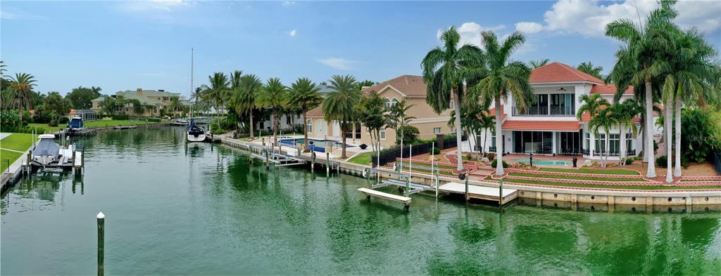 367 W Royal Flamingo Drive, Sarasota, FL 34236