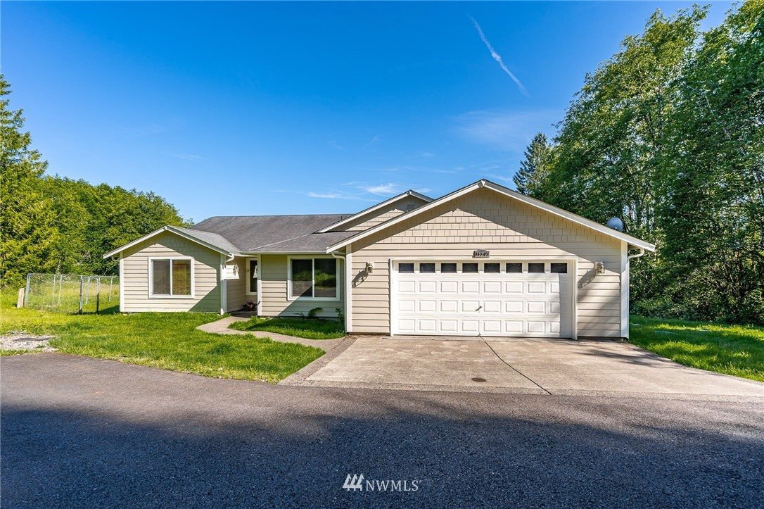 Consider this to be TOTAL privacy.  Open large floor plan, large bedrooms plus a bonus room. Freshly painted, all ready for you to enjoy.  Five acres of possibilities.  Located in an area of appealing, newer Chehalis homes.  You will love it here.