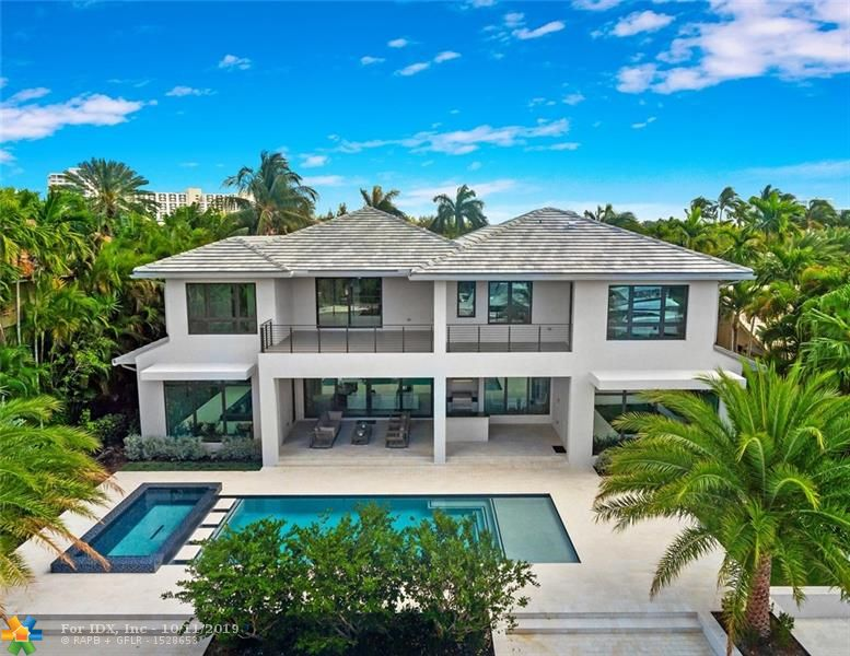 This is undoubtedly the  BEST BRAND NEW CONSTRUCTION VALUE  in Harbor Beach!   Available for immediate residency & serenely located at the quiet end of Isla Bahia.  Surrounded by multi-million dollar residences. Protected deep water dockage upto 80ft yacht/approx 9-10ft draft. Extremely light & bright well thought-out floor plan offers elegant formal areas, an incredible expansive water-facing kitchen with entertaining island, large family room, 1st floor Club room & bedroom suite, flexible loft area, elevator, generator. 2nd floor all expansive bedroom suites, den, loft area,outstanding Master has separate spa baths/closets & large balcony to enjoy the views. Oversized heated saltwater pool, covered loggia, Summer kitchen & bar. Garages can accommodate lifts. Potential Seller financing!