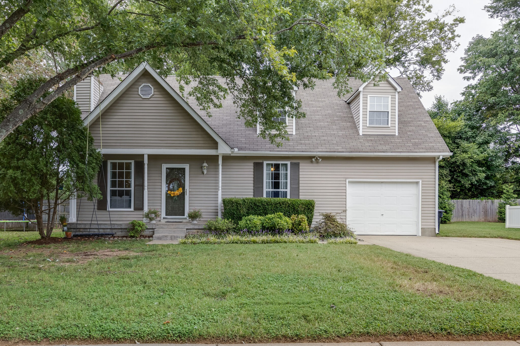 Southern Charmer...Immaculate.Gracious.Lovely...Ready for new owners...Spacious deck overlooks fenced backyard...Within walking distance of Pinkerton Park...All offers are due by Sunday, 9/19/2021, at 8 p.m. Please give until Monday, 9/20/2021, at 8 p.m. for a response. Seller needs to close on or before October 27, 2021, with a possession date of November 6, 2021. All inspections pass/fail.