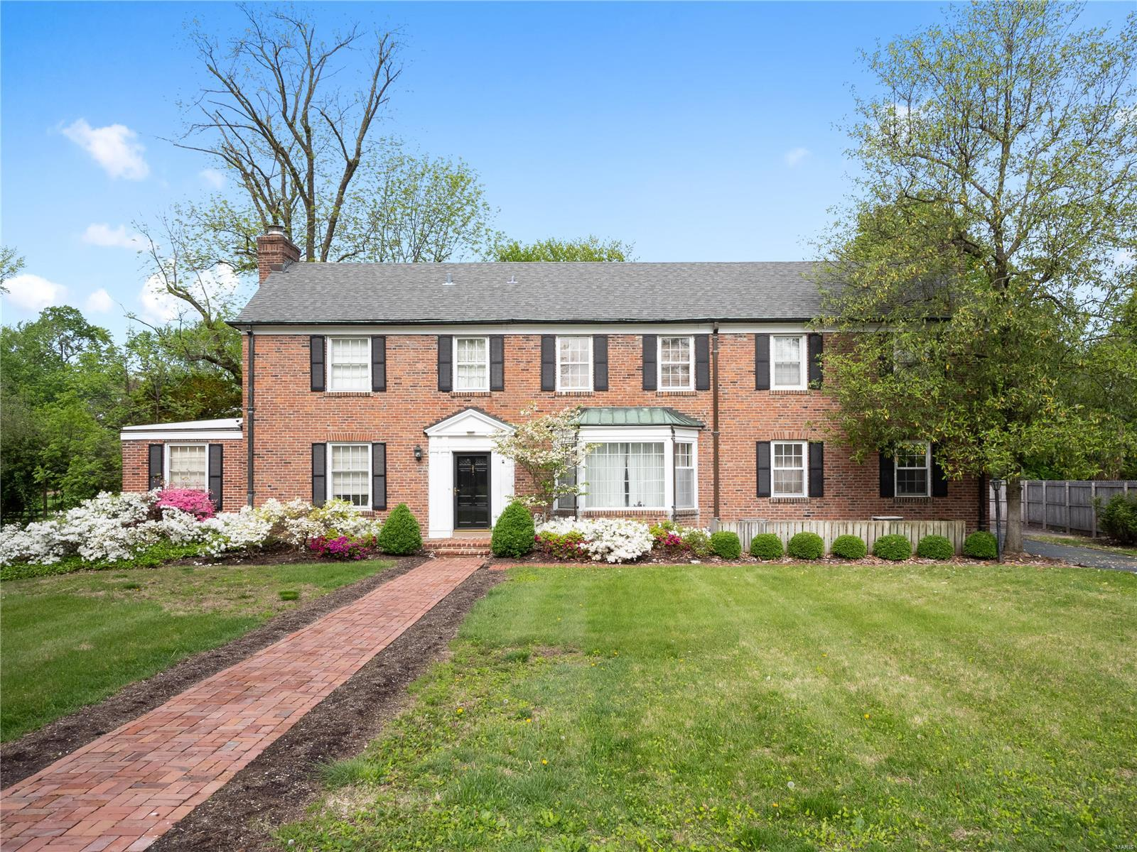 6 Willow Hill Road, Ladue, MO 63124