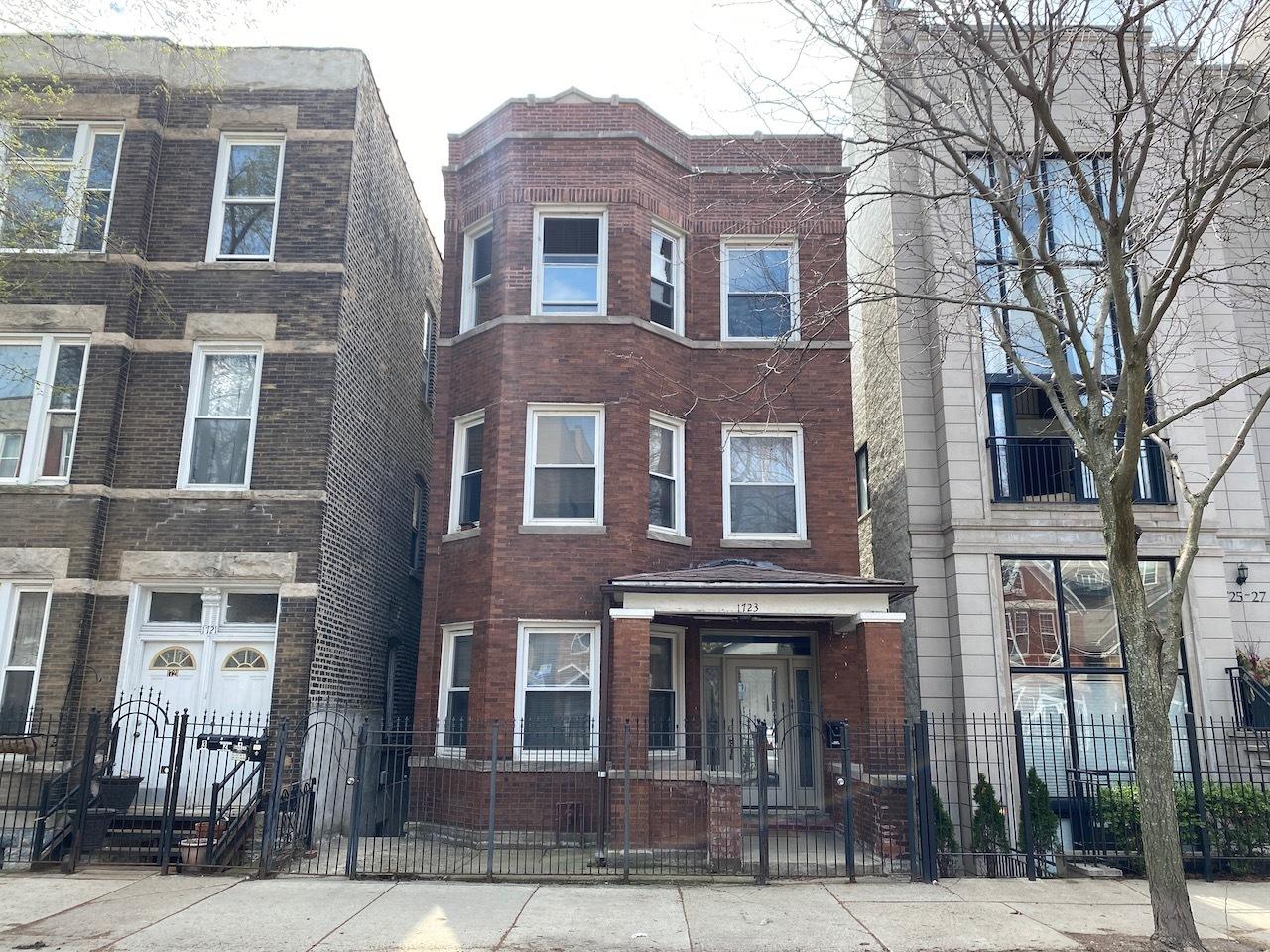 1723 W Pierce Avenue, Chicago, IL 60622