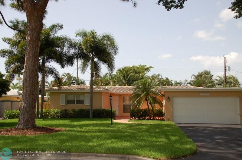 """LOCATION, LOCATION, LOCATION.  East of Federal, minutes to the beach, located in the highly sought after """"Deerfield Cove"""" area.  This 3/2 split floor plan home with a 2 car garage is move in ready. Freshly painted interior.  New updated electric.  New irrigation system and sod. This blank canvas is ready for your personal touches.  Don't miss this opportunity.  Close to beaches, fine dining, and shopping!"""