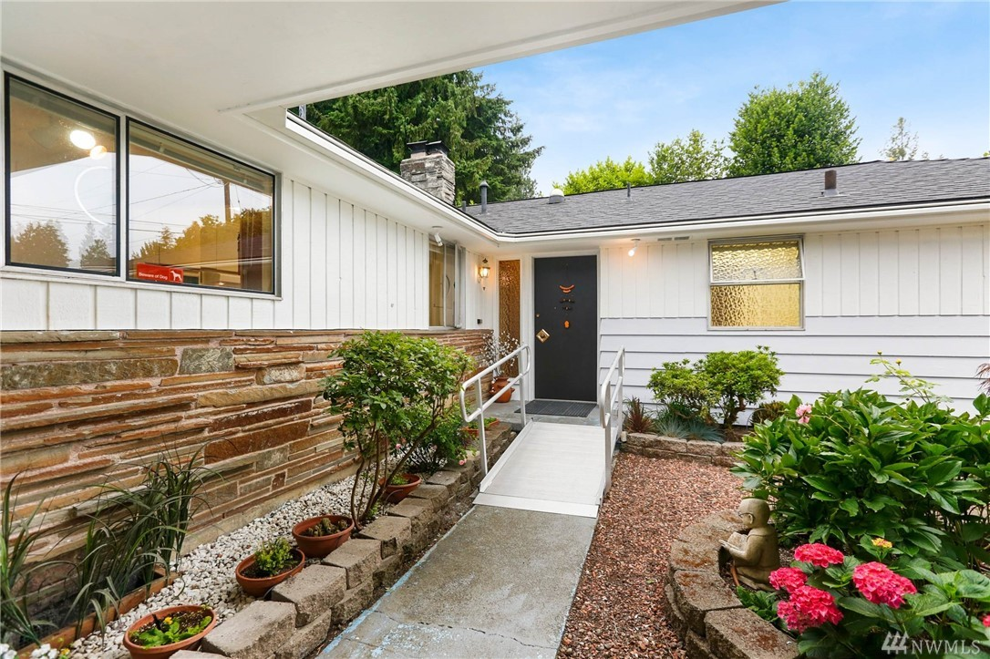 11108 239th Place SW, Woodway, WA 98020