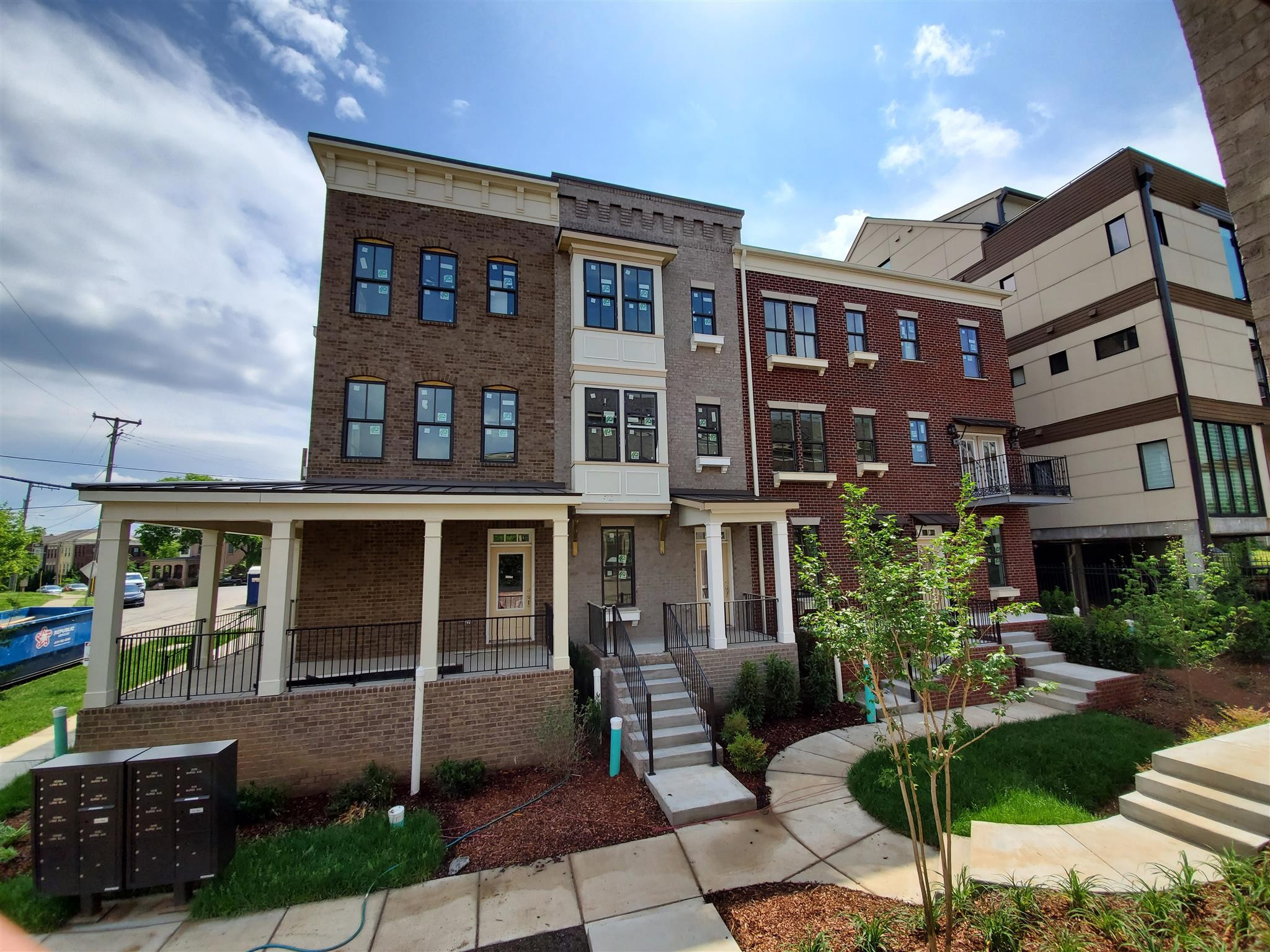 Beautiful 1 Year old townhouse. Relax on the huge wrap around front porch. Former model home with all the bells and whistles. Granite and hardwood throughout. Great location in Acklen Park, close to I-440 and near Centennial Park. Ample room in the tandem 2 car garage