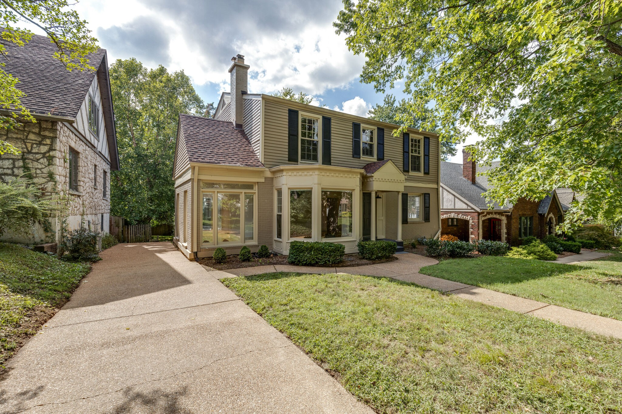 This charming home in Historic Richland's Cherokee Park features stunning hardwoods, renovated kitchen, spacious formal dining room, large living room with built-ins, master suite with balcony and soaker tub and sunroom perfect for a quiet get away. Entertain on the large deck overlooking the private backyard. Fully finished Basement has kitchenette, bedroom and bath ideal for in-law suite. Incredible location minutes from Richland Greenway and all things West End. A must see!
