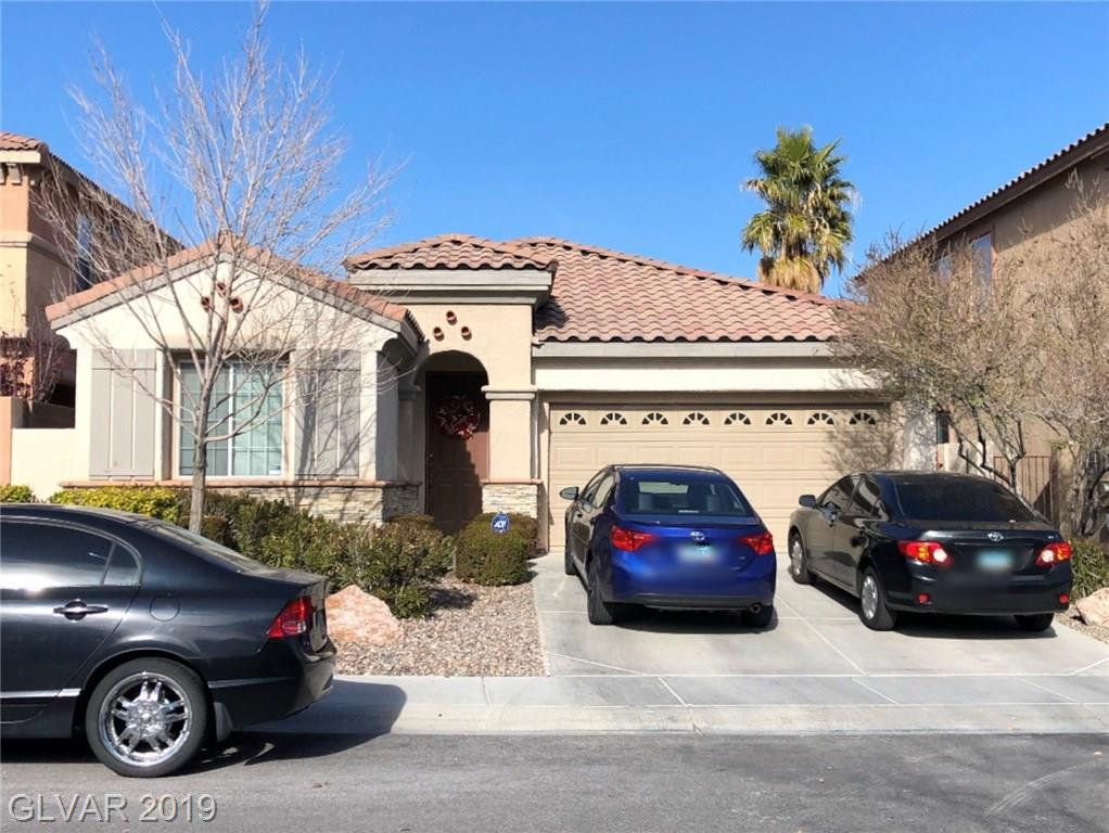 Three bedroom, 2 bath single story home right in the heart of Summerlin!