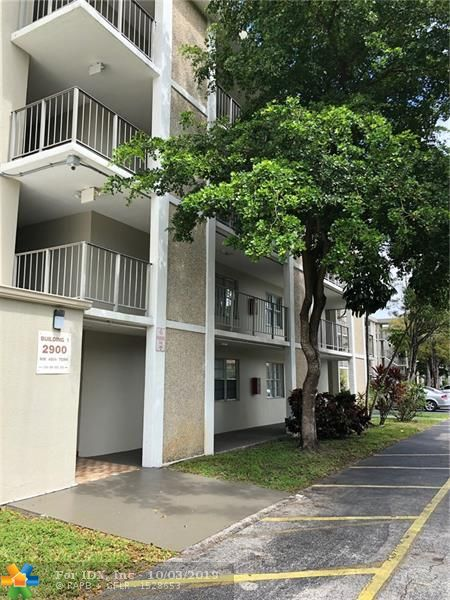 Spacious 1/1 with enclosed balcony for more living space - Nice view of Park Like Setting Overlooking the Pool - Well maintained Complex - Priced to Sell!!  Please be aware that Condo Association Requires 680 credit score, $30,000 Income and min. Down Payment of 10% Minimum.