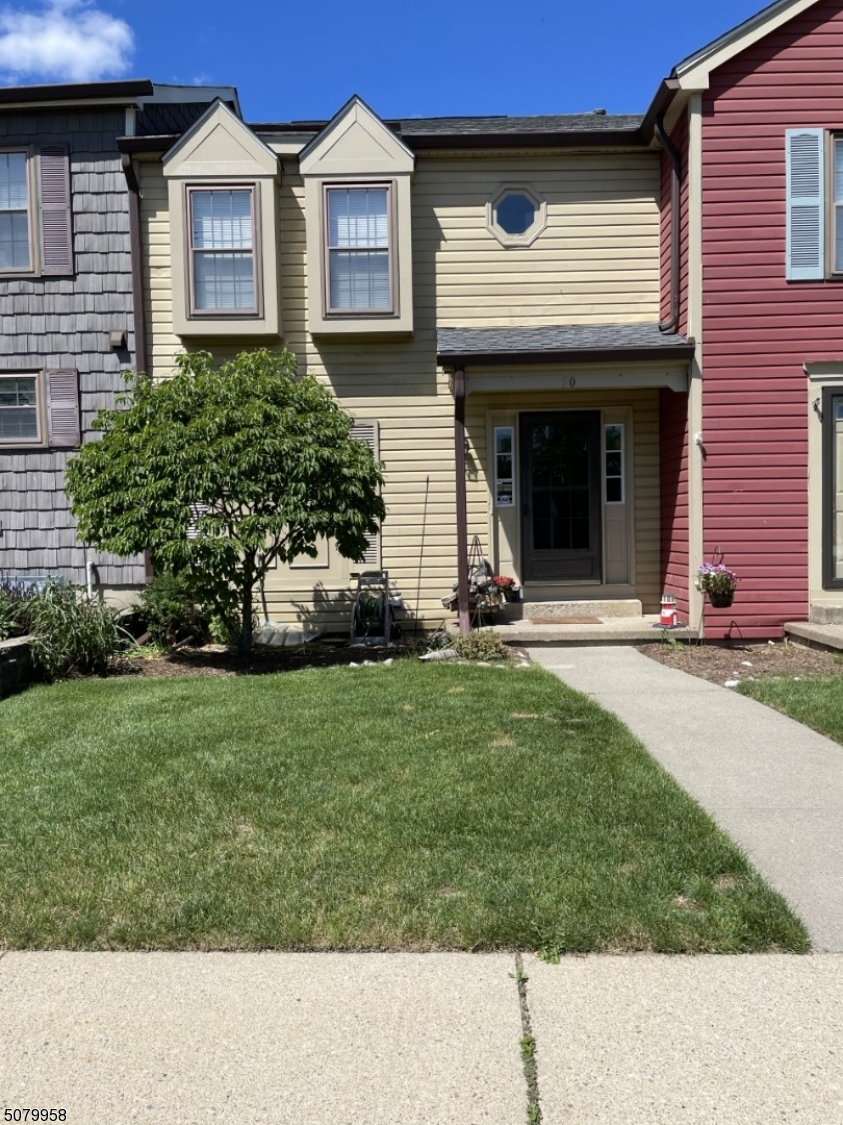 Comfortable 2 bedroom 2 1/2 bath condo in gated Panther Valley. Hard wood floors, newer air and newer furnace. Stainless steel appliances.