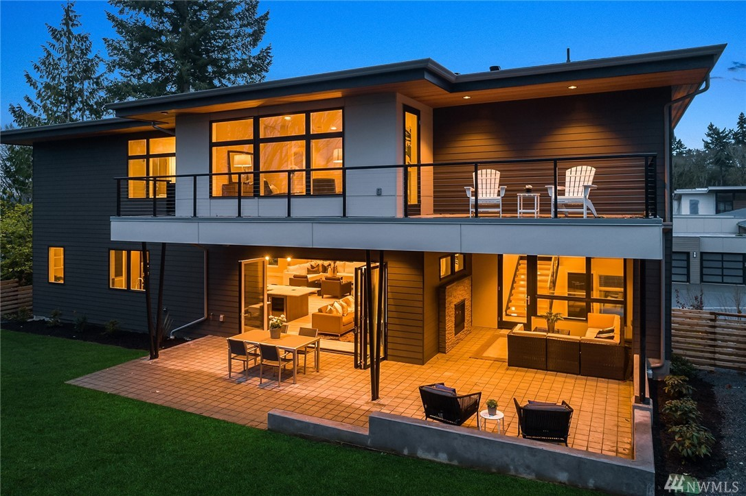 Welcome to Summerwell, Mercer Island's first new neighborhood in almost 30 years! Nestled into the hillside, Homesite 11 enjoys great territorial views. 852SF of outdoor living, tremendous open concept floorplan w/2-story great room + dining, hearth room, gourmet kitchen w/Miele appliances, Poggenpohl cabinetry + walk-in pantry. Upper level Master w/private deck, gorgeous ensuite, walk-in closet + 2 Add'l upper level suites. Oversized 3 car garage + storage + mudroom! ONLY 4 HOMES REMAIN