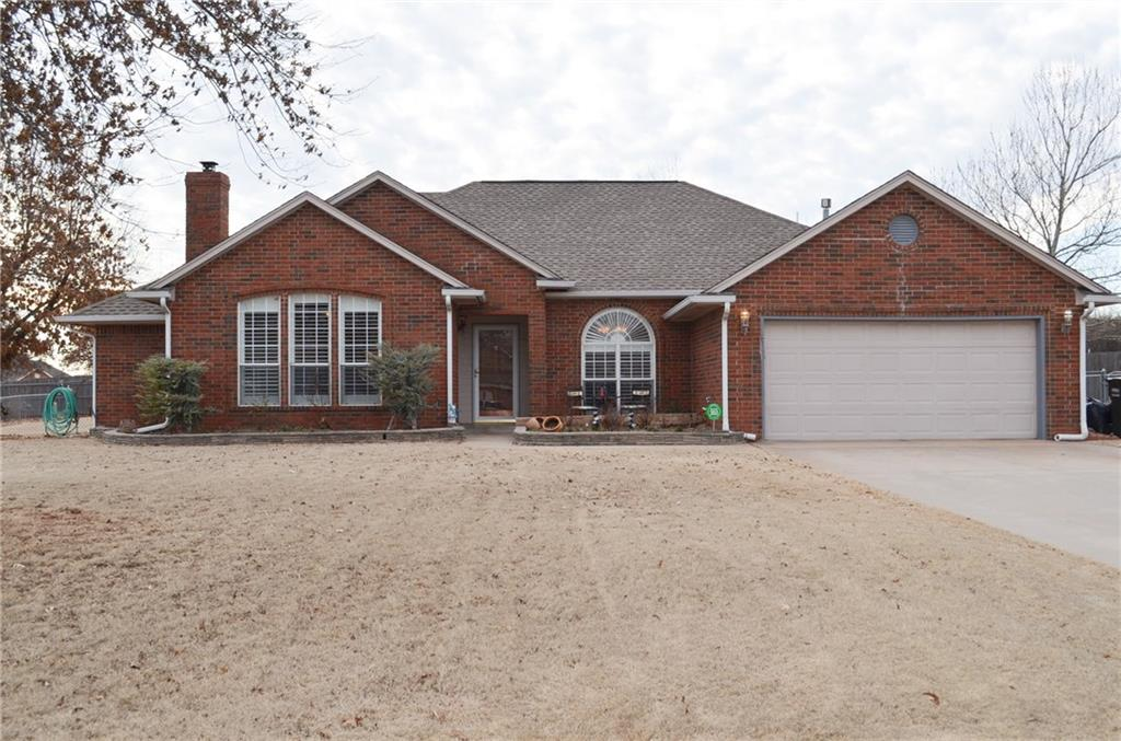 Brick home on half acre lot in well kept neighborhood, just 10 minutes from downtown. Kitchen features stainless steel appliances, granite countertops with bar top and breakfast nook. South side of home features large master suite with seamless glass and tile shower, whirlpool bath, double sinks and large walk in closet. North side has remaining 3 bedrooms and second full bath. Large back yard includes 20x30 shop. Open floor plan living and dining with custom plantation shutters and high efficiency gas fireplace insert. Hardwood throughout living areas, tile kitchen and bathrooms, carpet in bedrooms.
