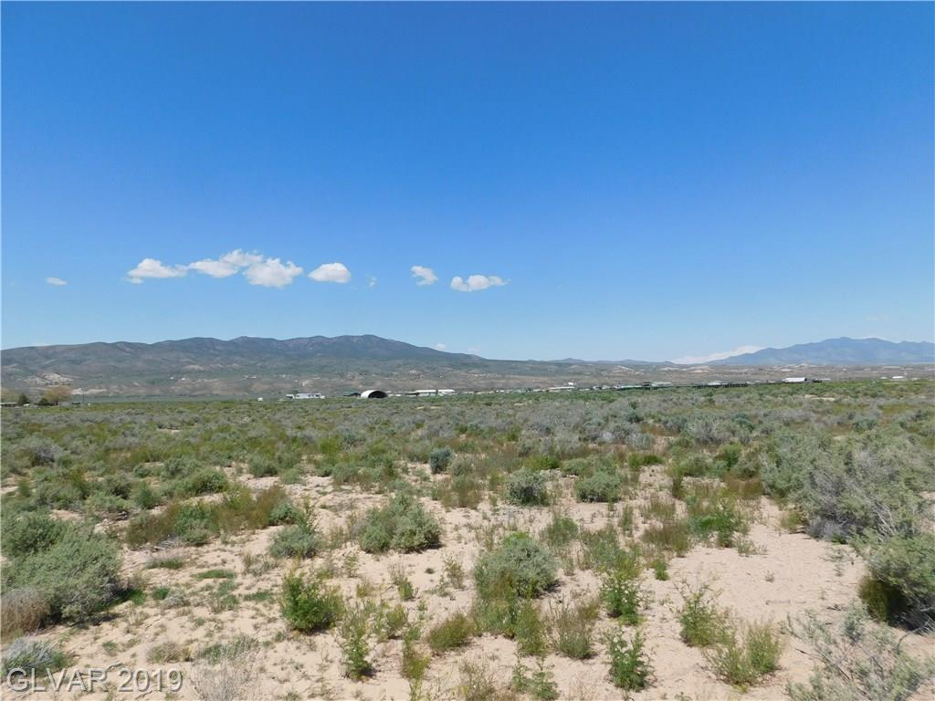Russell Road, Caliente, NV 89008