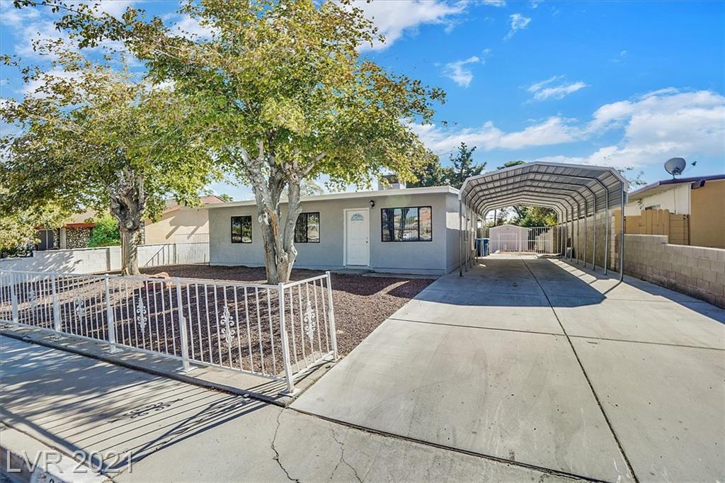 Beautiful Single Story NEWLY REMODELED HOME! New, WATERHEATER, paint, floors, base boards, stainless steel appliances, updated bath, & countertops. Roof and AC less than 3 years old! HUGE LOT and Backyard! Within walking distance of the Boulder Station Casino.
