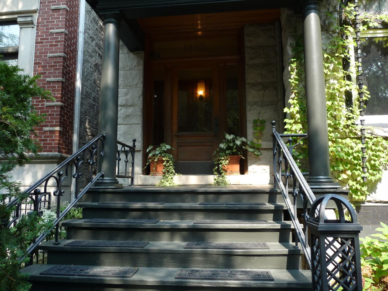 1408 W Cuyler Avenue, Chicago, IL 60613