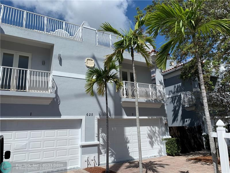 Welcome home! This beautiful and rare 3,063 SF 3-story townhome is located in one of the most popular areas of Fort Lauderdale, Tarpon River. It is located minutes away from Las Olas, Publix, the new Whole Foods, restaurants and stores. Just re-painted on the exterior and interior and wood floors refinished. It is the BEST DEAL in Tarpon River. It is a fee-simple deed with no monthly fees. It includes two master bedrooms in the 2ND floor. The 3RD floor includes an additional bedroom and bathroom plus a large open den and the roof terrace with a great view of downtown. DO NOT MISS THIS OPPORTUNITY! ** Sq Ft under a/c is based on tax roll. Take advantage of extremely LOW INTEREST RATES! Walking distance to restaurants, parks, tennis courts & more. Easy access to I-95 & close to Airport.