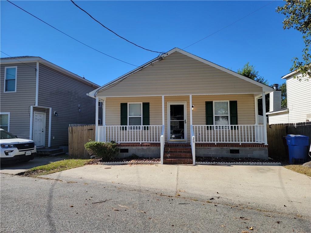 25 Gale Avenue, Chesapeake, VA 23323
