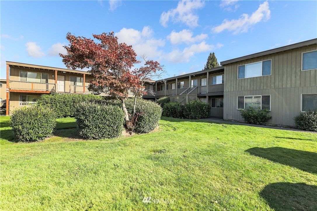 64 Units,Garden style,Market CAP Rate 5.6%,Less than $125k per unit with potential income upside up to 18+%,Over the past 5 years rents have increased 16% in Parkland,minutes to PLU & 10 minutes to downtown Tacoma,new roofs with transferable warranties all buildings,new siding on multiple south&west sides of the buildings,dual pane windows,upgraded landscaping & walkways between buildings.on-site office,on-site laundry,dishwashers,oversized closets add interior laundry to increase rents more.