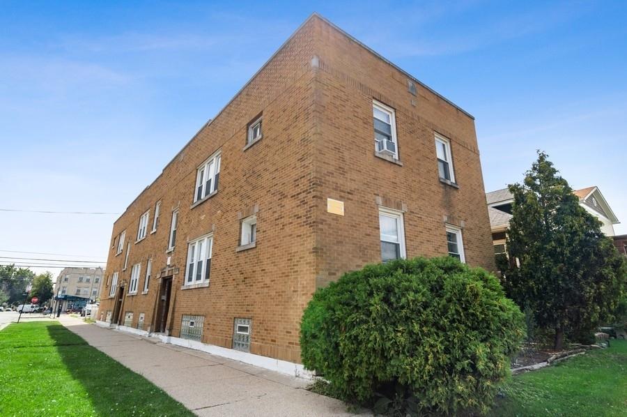 3214 N Linder Avenue, Chicago, IL 60641