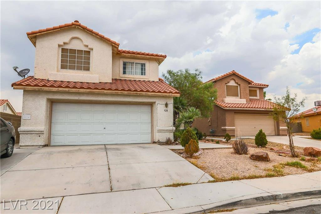 PRICED TO SELL QUICKLY !! This beautiful home has 4 bedrooms with 2.5 baths 2 Car garage ,  is located in a subdivision with no HOA!!  Property need some TLC !!  HURRY  WON'T LAST LONG !!