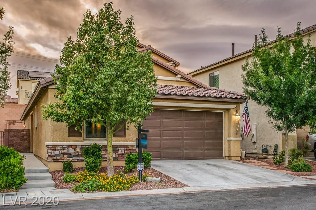 This beautiful 2story 4bedroom house has a wonderful open floor pan that you will fall in love with as soon as you walk into the house.Kitchen features granite countertops nice size island along w/ breakfast bar. Downstairs bedroom has its own walk in closet w/ a separate shower & bathtub.Backyard has a wonderful above ground spa along w/a covered patio for those lovely spring & summer nights. Tile throughout the house & carpet inside all rooms.
