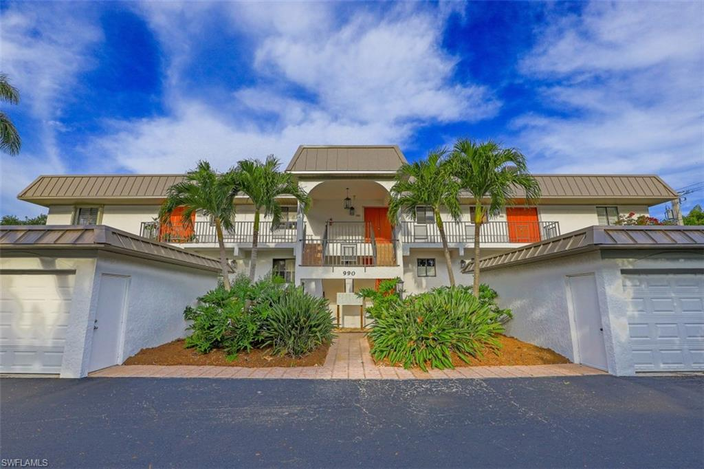 LOCATION IS EVERYTHING AND THIS ONE HAS ONE OF THE BEST!  Right in the middle of Old Naples and walking distance to Beach, Cambier Park, Tin City, The Dock, 5th Avenue shopping, dining, & entertainment!   AWESOME INVESTMENT POTENTIAL ...  Liberal rental and pet policy allows 12 leases per year with 30 day minimum & tenants are allowed a pet.