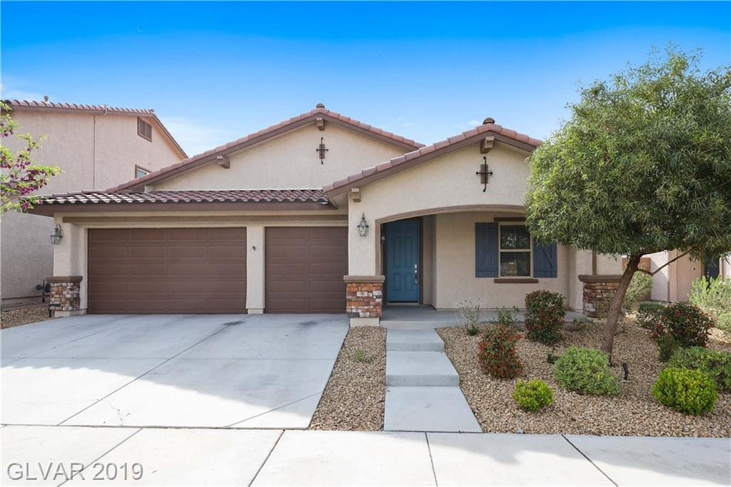 Gorgeous SINGLE STORY 3BDRs & 3car-garage HOME in guard gated Tuscany Village! Open floor & neutral wood-plank tile. Kitchen w/pantry, SS appl:dbl oven, cooktop, 2 islands & breakfast bar. Dining area adjacent to kitchen. Spacious Family Rm. Master BDR w/walk-in closet. Secondary BDRs share Jack&Jill BTH. Den/Office w/dbl door. Master BTH w/dbl sinks, tub & sep. shower. Yard w/stone paved patio & synthetic grass.Clubhouse, Pool&Spa & golf course.
