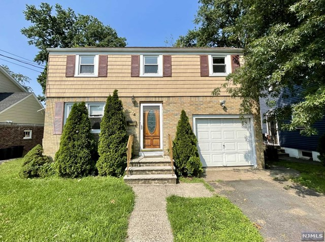 Great property in desirable Fair Lawn, just two blocks to Broadway shopping district, easy access to NYC transportation- train & bus. Excellent starter home or investment property. Put your touches on this three bedroom home with ample closet space, hardwood floors and large backyard.