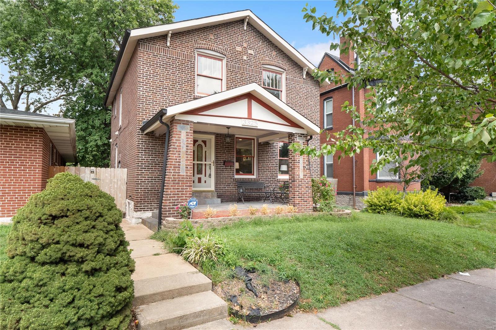 3325 Shenandoah, St Louis, MO 63104