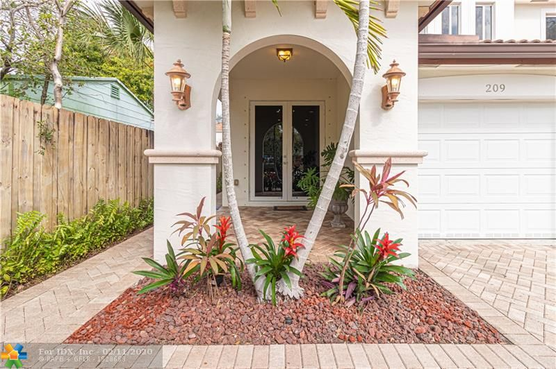THIS EXCEPTIONAL & SPACIOUS 3 BEDROOM/2.5 BATHROOM TWO STORY TOWN HOUSE HAS OVER 2,000 SQUARE FEET UNDER AIR & IS LOCATED ONLY MINUTES FROM DOWNTOWN FORT LAUDERDALE & THE NEW RIVER! ! FEATURES INCLUDE A GOURMET KITCHEN WITH STAINLESS STEEL APPLIANCES & GRANITE COUNTERTOPS, FLOW THROUGH DINING & LIVING ROOM THAT LEAD TO THE FENCED IN BACKYARD WITH HOT TUB MAKING THE PERFECT PLACE FOR ENJOYING THE SOUTH FLORIDA LIFESTYLE! HIGH CEILINGS THROUGHOUT, NEW A/C UNIT, IMPACT WINDOWS, LARGE GUEST BEDROOMS UPSTAIRS, AND A MASTER SUITE FEATURING A JACUZZI TUB, SEPARATE SHOWER AND WALK IN CLOSET!