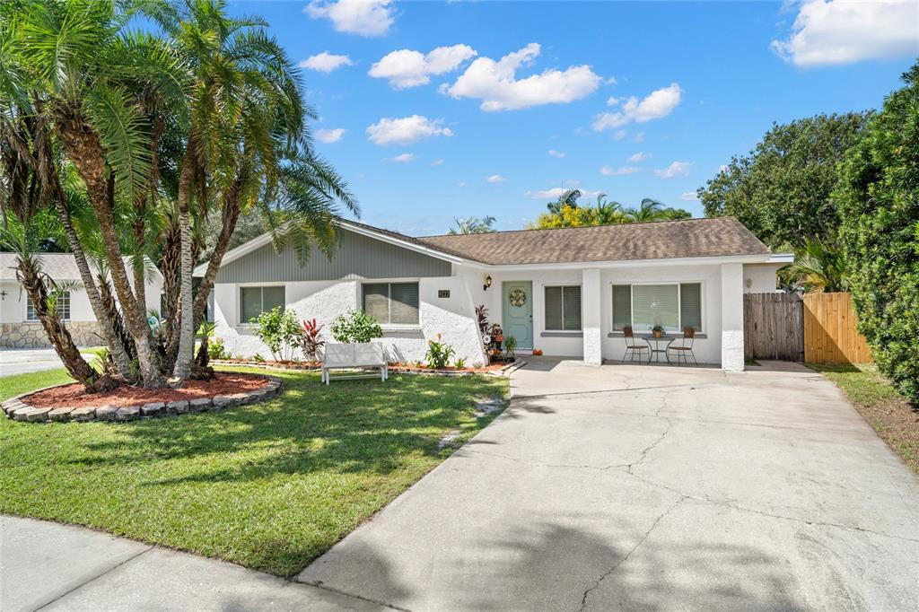 9222 92Nd Street, Seminole, FL 33777