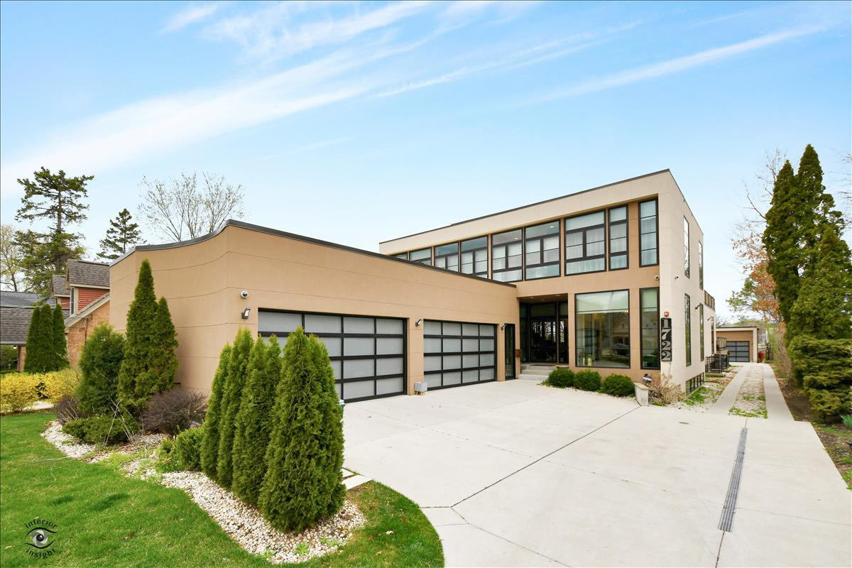 1722 CHAPEL Court, Northbrook, IL 60062