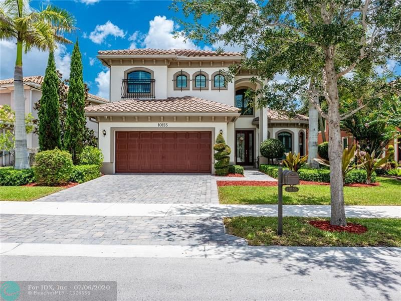 Model Perfect Savior model featuring 5 bedrooms, 4 bathrooms and an office.  Stunning upgraded kitchen, w SS appliances, granite, wood cabinets, built in pantry.  Wood floors and porcelain tiles throughout the home, crown moldings, elegant glass front doors, plantation shutters and beautifully appointed upgraded bathrooms. Surround sound inside and outside, Built-in custom unit  and a wet bar in family room. The tropical private back yard features a saltwater free formed pool and a hot tub with separate heating system, beautiful landscaped. Security system with cameras throughout. This immaculate  move in ready home is on a quiet double cul-de sac street.