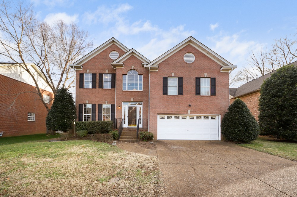 Dreaming of a New Home in 2021? This Beautiful Franklin home has an Updated Kitchen in 2020, Newer HVACs (2019/2020), Newer Water Heater (2018), Fresh Paint, New Light Fixtures, NO Carpet and Large Fenced back yard with space for a pool!  There is a plenty room inside with 4 Bedrooms PLUS a Large Bonus room that could be used as a 5th bedroom!!   Need to work from home?  Formal Living room would make a great home office!  Neighborhood with Pool & Playground! Enjoy Seller paid HOA dues for 2021!