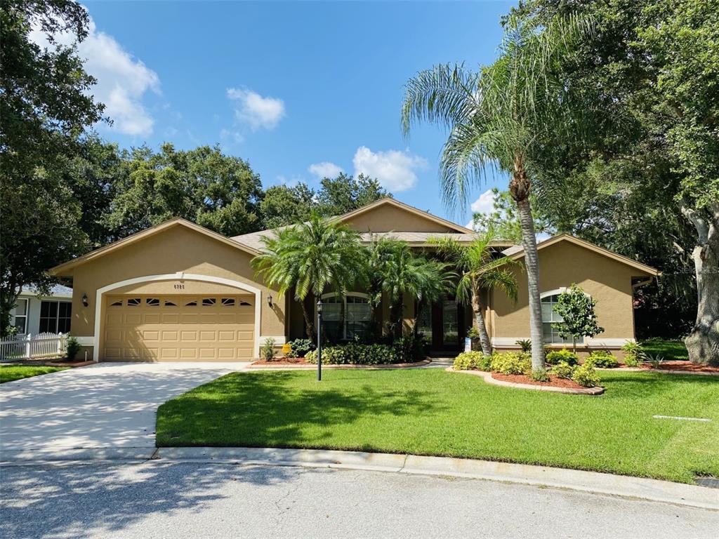 6725 Willow Pond Lane, Sarasota, FL 34240
