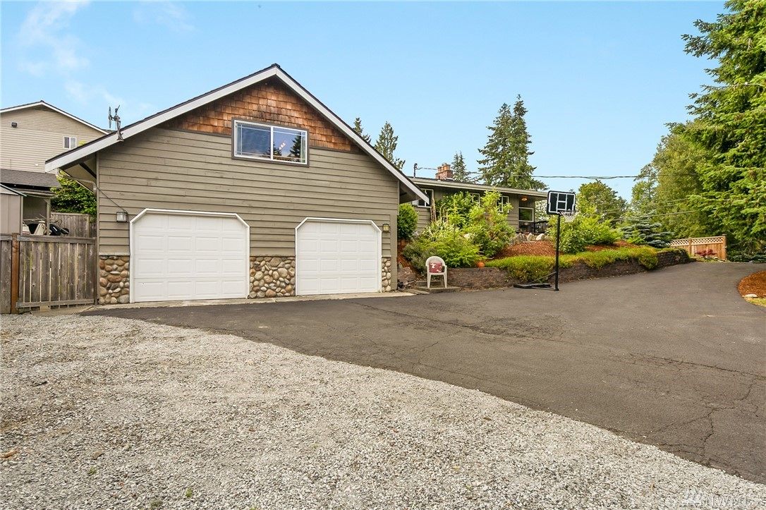 10604 66th Place W, Mukilteo, WA 98275