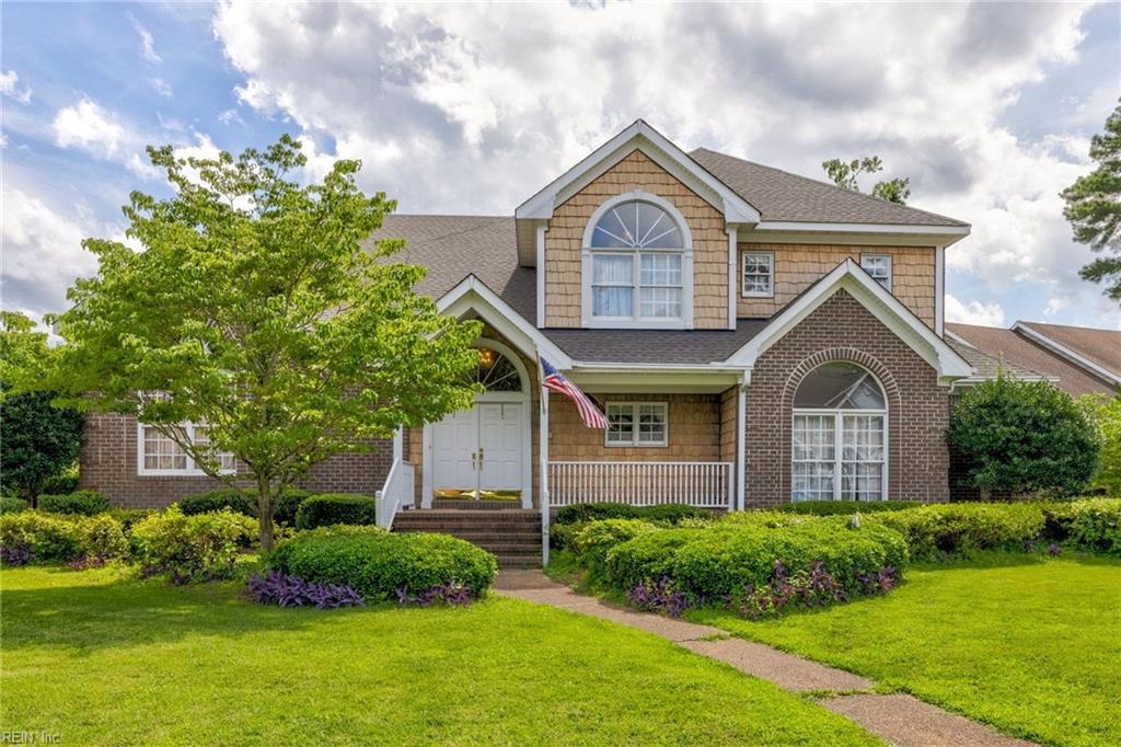 1724 Swan Lake Crescent, Chesapeake, VA 23321