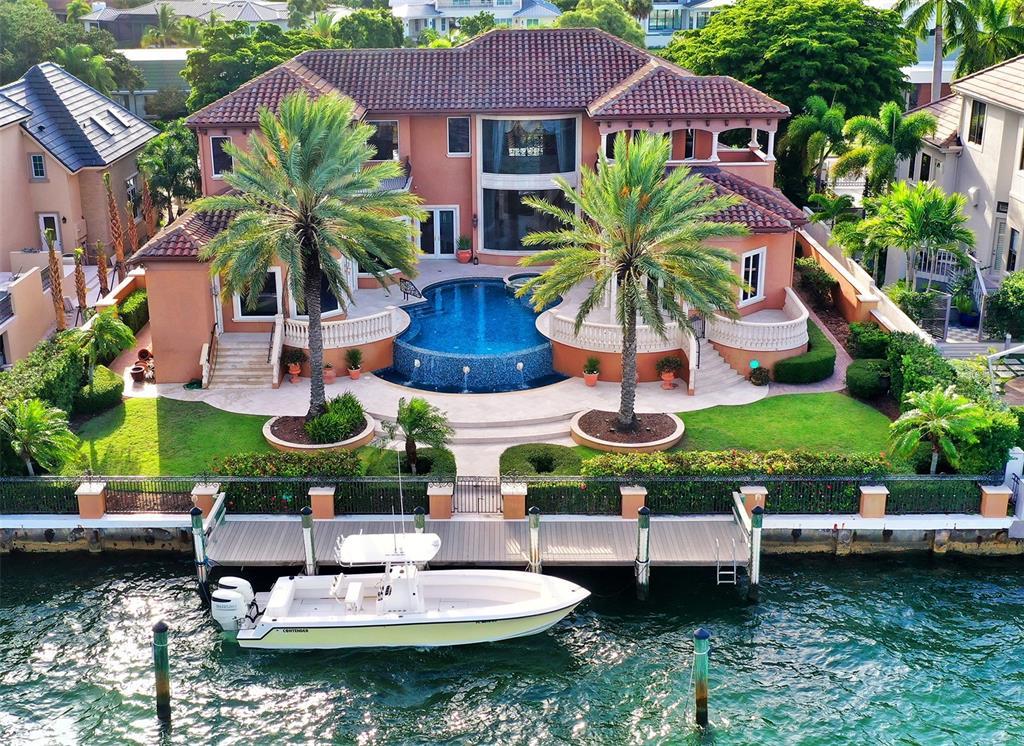 483 Meadow Lark Drive Sarasota FL 34236 Bird Key A4510572 - Open Bay with 100ft deep water dockage