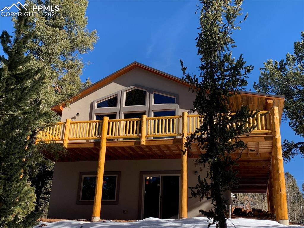 New Build in desirable Rainbow Valley. Awesome views of the Peak and to the S-S/W. High quality finish throughout. Great layout w/ main level master suite. Open and bright great room has vaulted ceilings w/ Beetle Kill Pine T&G and luxury vinyl plank flooring. The wall of windows allows tons of sunshine for great passive solar heat. Kitchen has granite counters, pantry, finger print resistant SS appliances. Main level powder room. Lower level has 9' ceilings, 2 beds, full bath, large family rm w/ pellet stove and walk-out